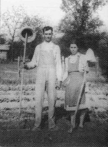 03 Bert and Ila Tucker Hill