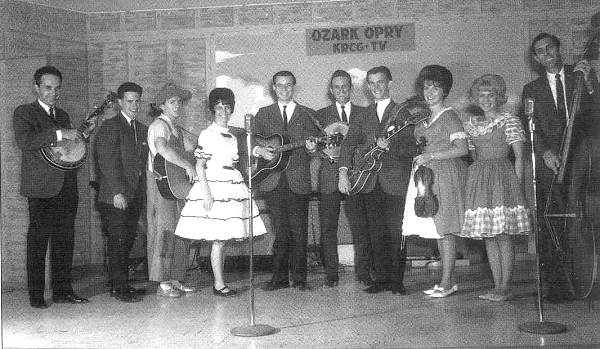11 Pat next to Lee at Ozark Opry