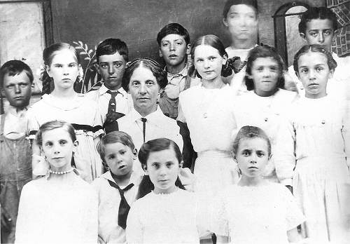 13 Josie Buster Class - Clare on Front Row Far Left