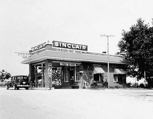 22 Sinclair Station