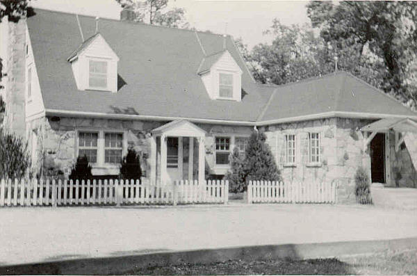House on the hill, 1939